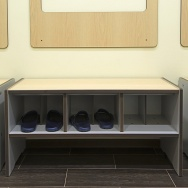 REINFORCED BENCH WITH FOOTWEAR CUBBIES